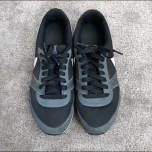 Nike Shoes - Nike Casual Sneakers